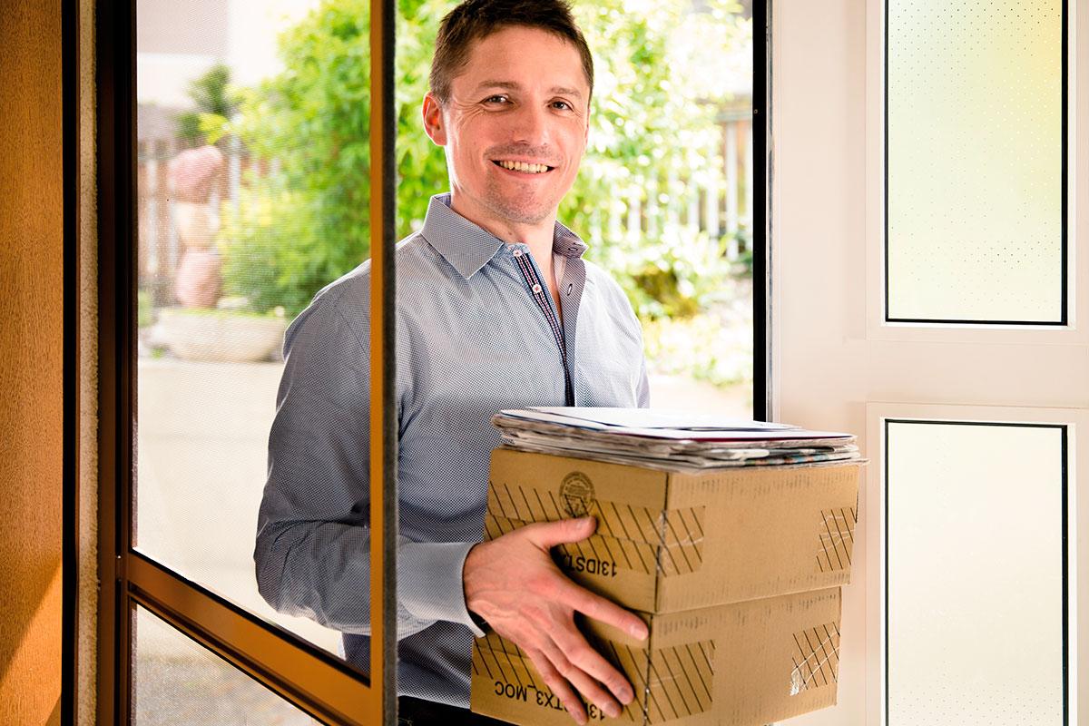insektenschutzrollos und fliegengittter f r t ren und fenster. Black Bedroom Furniture Sets. Home Design Ideas