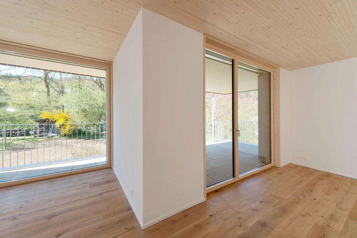moderne balkont ren und balkonfenster f r mehr wohnkomfort. Black Bedroom Furniture Sets. Home Design Ideas