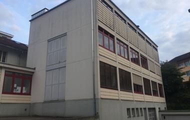 Zu vermieten: Gewerbeflächen an Bahnhofstrasse 32, Ebikon