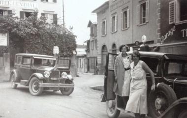 Maria Hunkeler-Trucco (links) pflegte ihre Leidenschaft für Autos