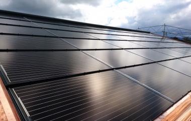 Photovoltaikanlage ist montiert