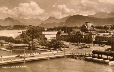 Seebrücke mit Tram Richtung Bahnhofplatz