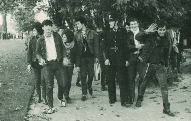 1960er Jugendbewegungen - Halbstarke mit Begleitung