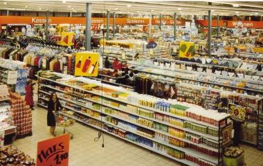 1977 Shoppingcenter - Konsumgesellschaft