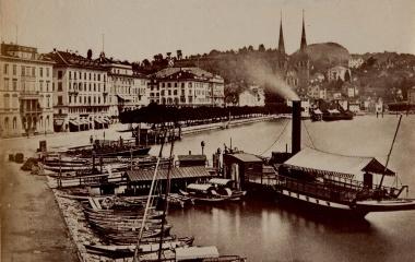 Dampfschiff am Schwanenplatz um 1875