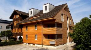 Anbauten aus Holz